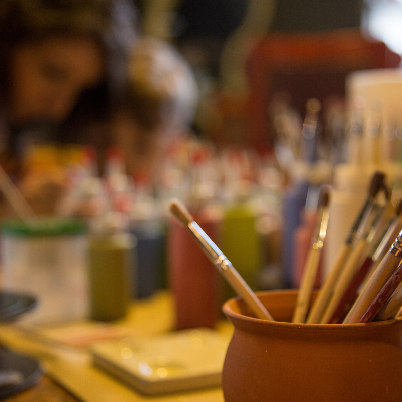 Petreceri pentru copii la olarit, pictura pe ceramica sau modelaj la ArtTime