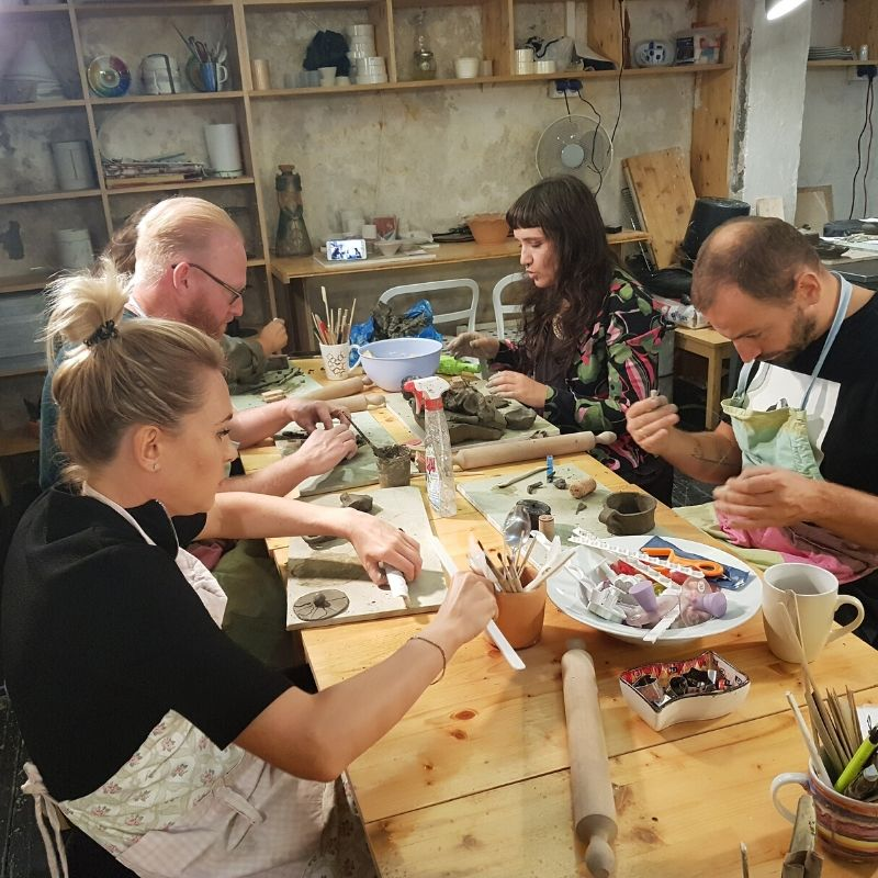 Evenimente corporate olarit, modelaj, pictura pe ceramica ArtTime